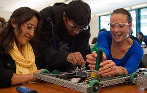 Students_work_on_robots_at_Canada_College-1.jpg